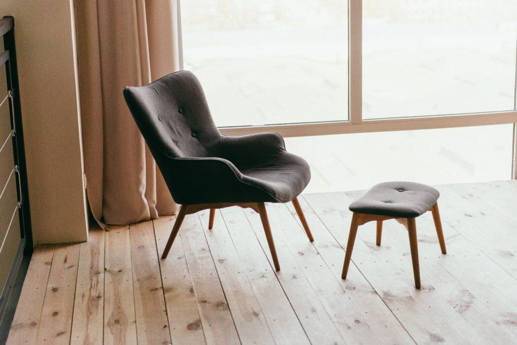 Comfort in einer heteronormativen Gesellschaft - wie das problemlose Hineinsinken in einen bequemen Sessel (vgl. Ahmed. 2004: 148)
